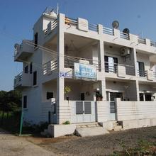 Prime Hotel in Bherala
