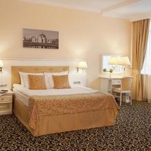 Prince Park Hotel in Yasenevo