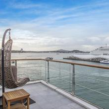 Princes Wharf 1br Sub-penthouse With Panoramic City & Ocean Views in Auckland