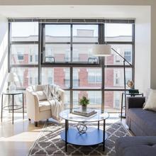 Pristine Fenway Suites By Sonder in Boston