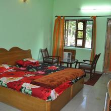 Private Room With Blissful Escape In Sahstradhara in Dhanaulti