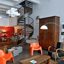 Private Rooms Luxury Villa City Center in Marseille