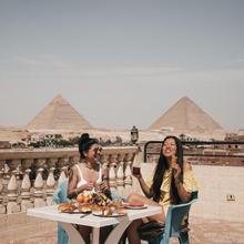 Pyramids Inn Motel in Cairo