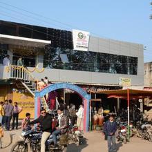 Gir Paradise Hotel in Mendarda
