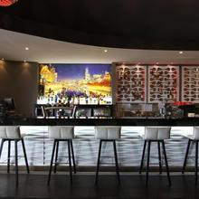 Quality Hotel Taylors Lakes in Melbourne