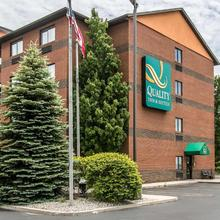 Quality Inn & Suites Port Huron in Sarnia
