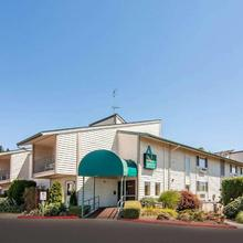 Quality Inn & Suites Vancouver in Portland