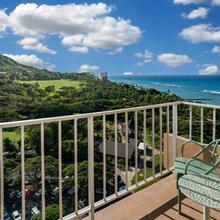 Queen Kapiolani Hotel in Honolulu
