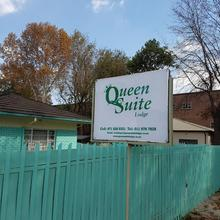 Queen Suite Lodge in Boksburg