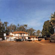 Serene Home in Irpu