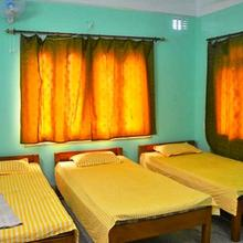 R S Bhavan & Tourist Lodge in Siliguri