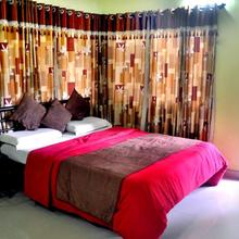 Radhanand Holiday Home in Panhala