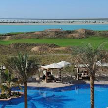 Radisson Blu Hotel, Abu Dhabi Yas Island in Abu Dhabi