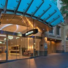 Radisson Hotel & Suites Sydney in Sydney