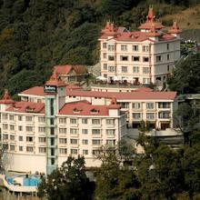 Radisson Hotel Shimla in Kufri