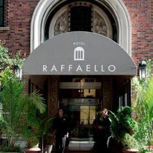 Raffaello Hotel in Chicago