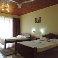 Rainforest Lodge in Deniyaya