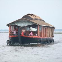 Rajadhani Holidays in Kottayam