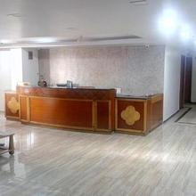 Rajshree Hotel in Ahmedabad