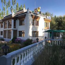 Raku Guest House in Leh