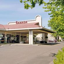 Ramada By Wyndham Portland Airport in Portland
