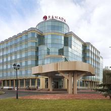 Ramada Ekaterinburg Hotel & Spa in Yekaterinburg