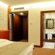 Ramada Hotel & Suites Istanbul - Atakoy in Beyoglu
