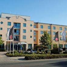Ramada Hotel Europa in Oesselse