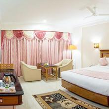 Ramyas Hotels in Manachanallur