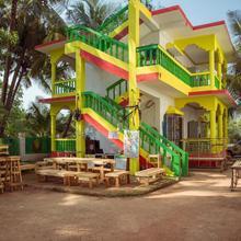 Rasta Mansion - Backpacker Hostel And Rooms in Pernem