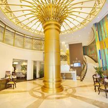 Raviz Center Point Hotel in Sharjah
