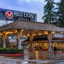 Red Lion Hotel Bellevue in Seattle