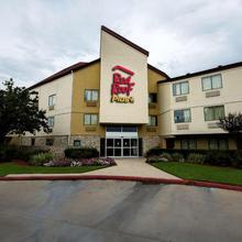 Red Roof Inn Plus+ Houston - Energy Corridor in Houston