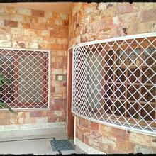 Red Stone House in Karachi