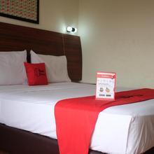 Reddoorz Plus Near Senen in Jakarta