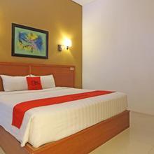 Reddoorz Premium Near Sleman City Hall in Yogyakarta