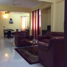 Redrose Service Apartment in Dharmadam