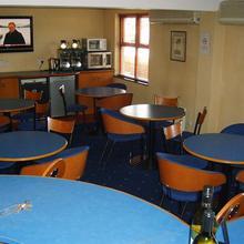 Redwings Lodge in Armston