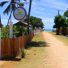 Regina Beach Bungalow in Trincomalee