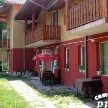 Rekata Hotel in Velchevo