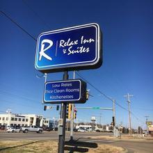 Relax Inn in Topeka