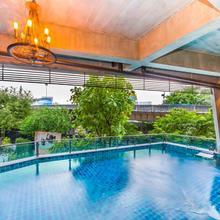 Rent V38 in Bangkok