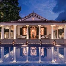 Residence By Uga Escapes in Colombo
