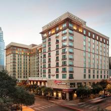 Residence Inn Austin Downtown / Convention Center in Austin