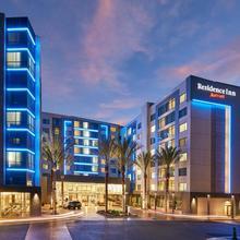 Residence Inn By Marriott At Anaheim Resort/convention Center in Santa Ana
