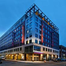 Residence Inn By Marriott Boston Back Bay/fenway in Waltham