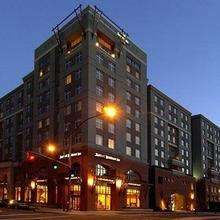 Residence Inn By Marriott Portland Riverplace in Portland