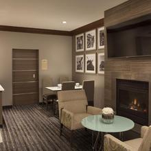 Residence Inn By Marriott Toronto Airport in Toronto