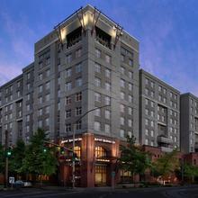 Residence Inn Portland Downtown/riverplace in Portland