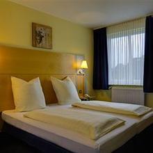 Residenz Hotel Neu Wulmstorf in Eversen